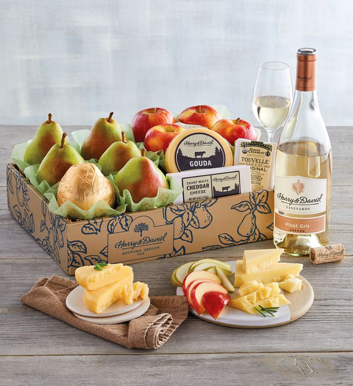 Deluxe Pears Apples and Cheese Gift with Wine